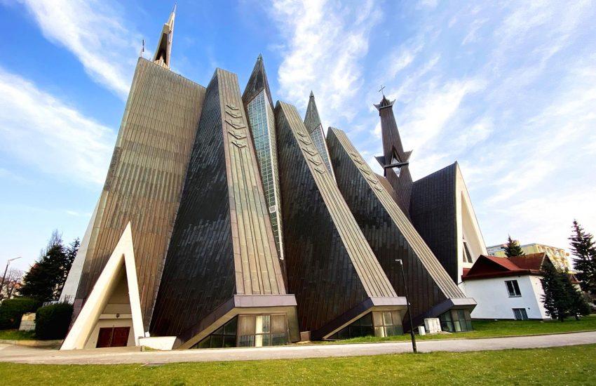 Kościół MB Królowej Polski wElblągu (1) (2)